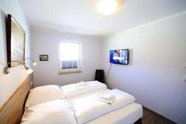 ferienhaus-insel-ruegen-in-lauterbach-schlafzimmer