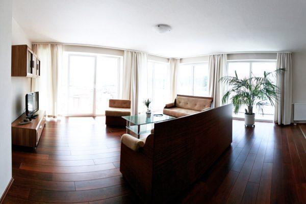 ferienwohnung-auf-ruegen-am-hafen-von-lauterbach-appartement-1