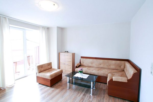 ferienwohnung-ruegen-hafen-lauterbach-appartement-1