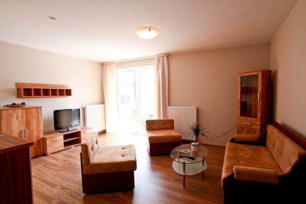 unterkunft-am-hafen-von-lauterbach-auf-ruegen-wohnzimmer-appartement-2